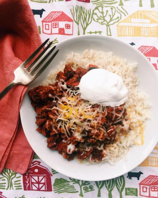 Game Day Ground Beef Chili / Katie Workman / themom100.com