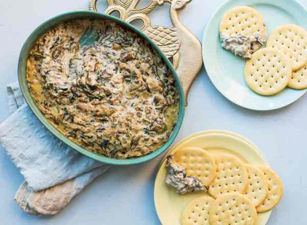 Hot Creamy Mushroom and Spinach Dip / Sarah Crowder / Katie Workman / themom100.com