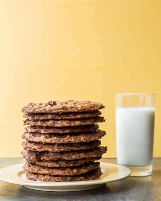 My New Favorite Oatmeal Cookies / Sarah Crowder / Katie Workman / themom100.com