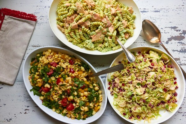 Simple Vegetarian Pasta Salad / Mia / Katie Workman / themom100.com