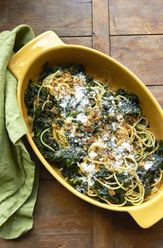 Pasta with Sautéed Kale and Toasted Bread Crumbs / Photo by Mia / Katie Workman / themom100.com