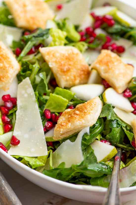 Thanksgiving Salad with Pomegranate / Katie Workman / themom100.com / Photo by Cheyenne Cohen