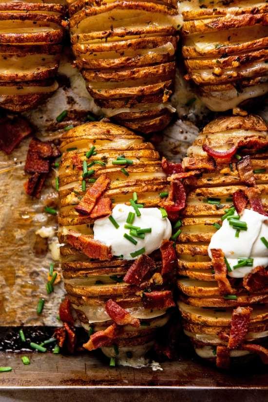 Easy Cheesy Loaded Hasselback Potato Recipe