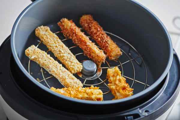 Cheese Sticks in the Air Fryer