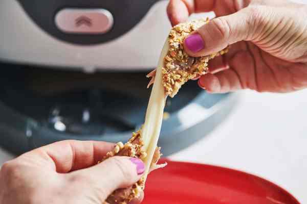 Mozzarella Stick cheese pull