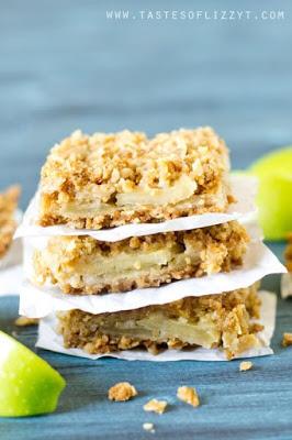 layered apple oatmeal bars
