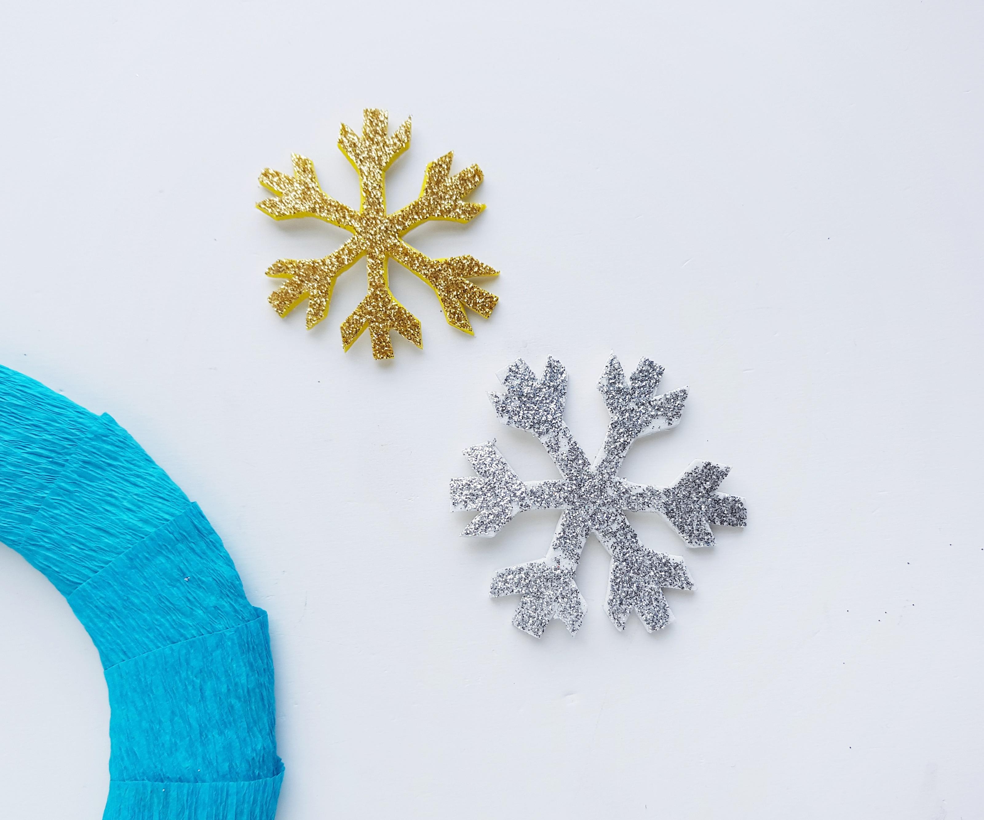 frozen snowflakes on wreath