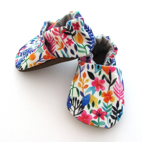 23c431a0172e7 Cabooties Baby Shoes - Spring Flowers