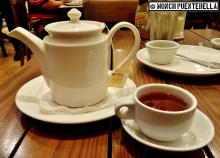 Hot Tea (P90): Perfect to wash down all that savory fare; they have a good selection of Twinings hot teas.