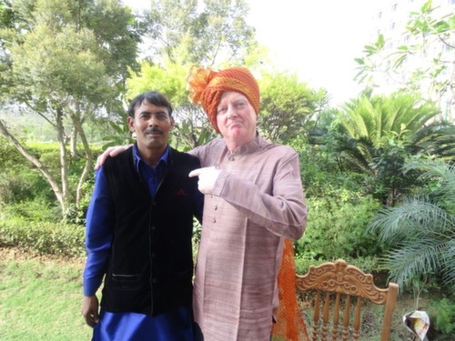 Delhi MM and turban man
