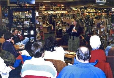 Storyteller Babs Bagriansky at Borders Books Halloween Event