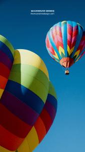 Moonshine Design Hot Air Balloon iPhone Wallpaper