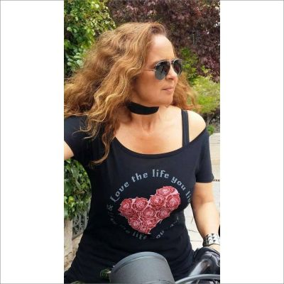 camiseta-mujer-corazon-rock-love-the-life-you-live-rock-girl-the-moped-brand