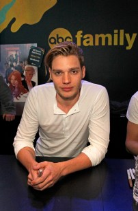 "SHADOWHUNTERS - The cast and creators of ABC Family's ""Shadowhunters"" appear at New York Comic-Con on October 10, 2015 to discuss the new series. ""Shadowhunters"" premieres Tuesday, Jan. 12 at 9 p.m. ET on ABC Family. (ABC Family/Lou Rocco) DOMINIC SHERWOOD"