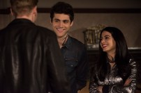 """SHADOWHUNTERS - """"Those of Demon Blood"""" - After several Shadowhunters are killed, The Institute turns to controversial methods to prevent a Downworlder uprising in ÒThose of Demon Blood,Ó an all-new episode of ÒShadowhuntersÓ airing Tuesday, June 19 (8:00 - 9:00 PM ET/PT). (Freeform/John Medland) DOMINIC SHERWOOD, MATTHEW DADDARIO, EMERAUDE TOUBIA"""