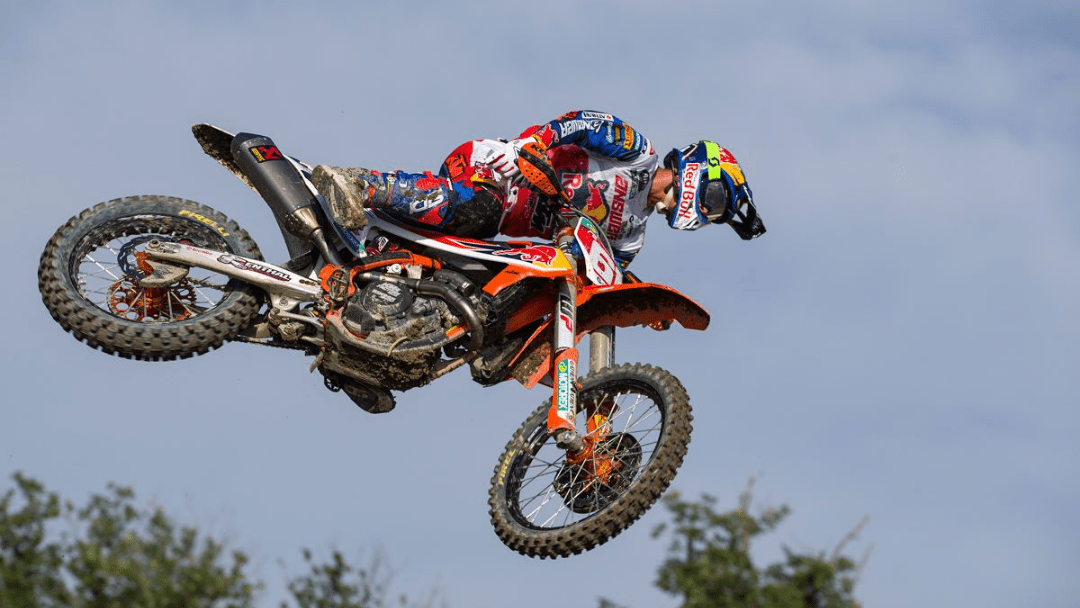 PRADO BRILLIANT IN RUSSIA FOR SEVENTH MX2 WIN OF 2019 AS HERLINGS EARNS 4TH ON MXGP RETURN