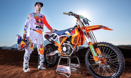 HERLINGS SIGNS NEW KTM MXGP CONTRACT