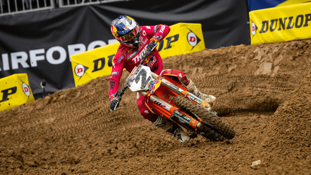 WEBB FIGHTS BACK TO FINISH FOURTH AT SECOND ROUND OF HOUSTON SX