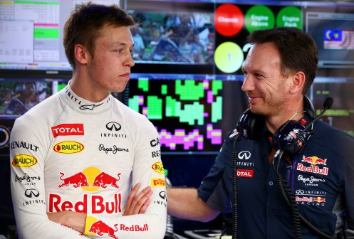 Daniil Kvyat with Christian Horner. © Getty Images/Red Bull Content Pool