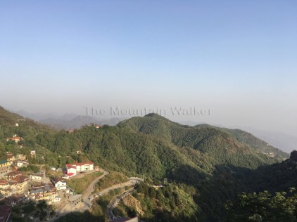 Looking out towards the Garhwal Himalayas from the Tehri Road in Mussoorie; Photo: Swarjit Samajpati