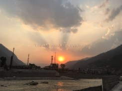 Just in time to catch a beautiful sunset amidst the ubiquitous cellphone towers at the Manikarnika Ghat in Uttarkashi; Photo: Swarjit Samajpati
