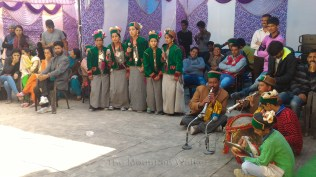 School children present renditions of local songs; Photo: Abhinav Kaushal