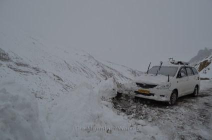 A Toyota Innova abandoned seen along our way to Mane bridge; Photo: Abhinav Kaushal.