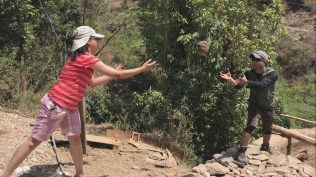 Great practise of throwing and catching during the cob tossing session; Photo: Abhinav Kaushal