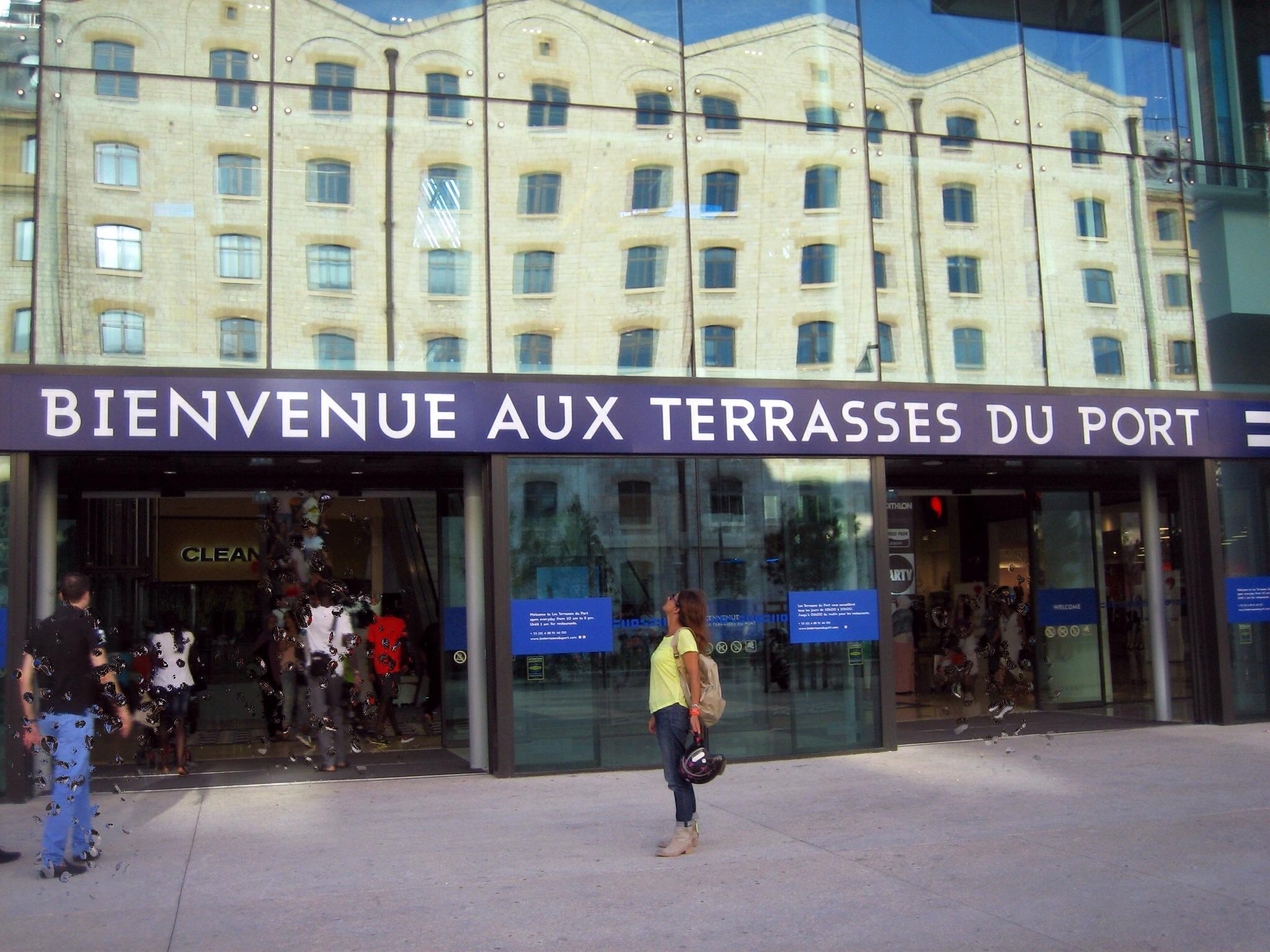 » les terrasses du port» de Marseille