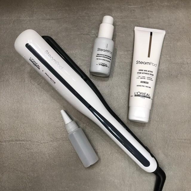 meilleur lisseur, silverhair, blogueusedusud, lisseur a vapeur, silverinfluencer, silvermodel, grayhair, quinqua, steampod, whitehair,