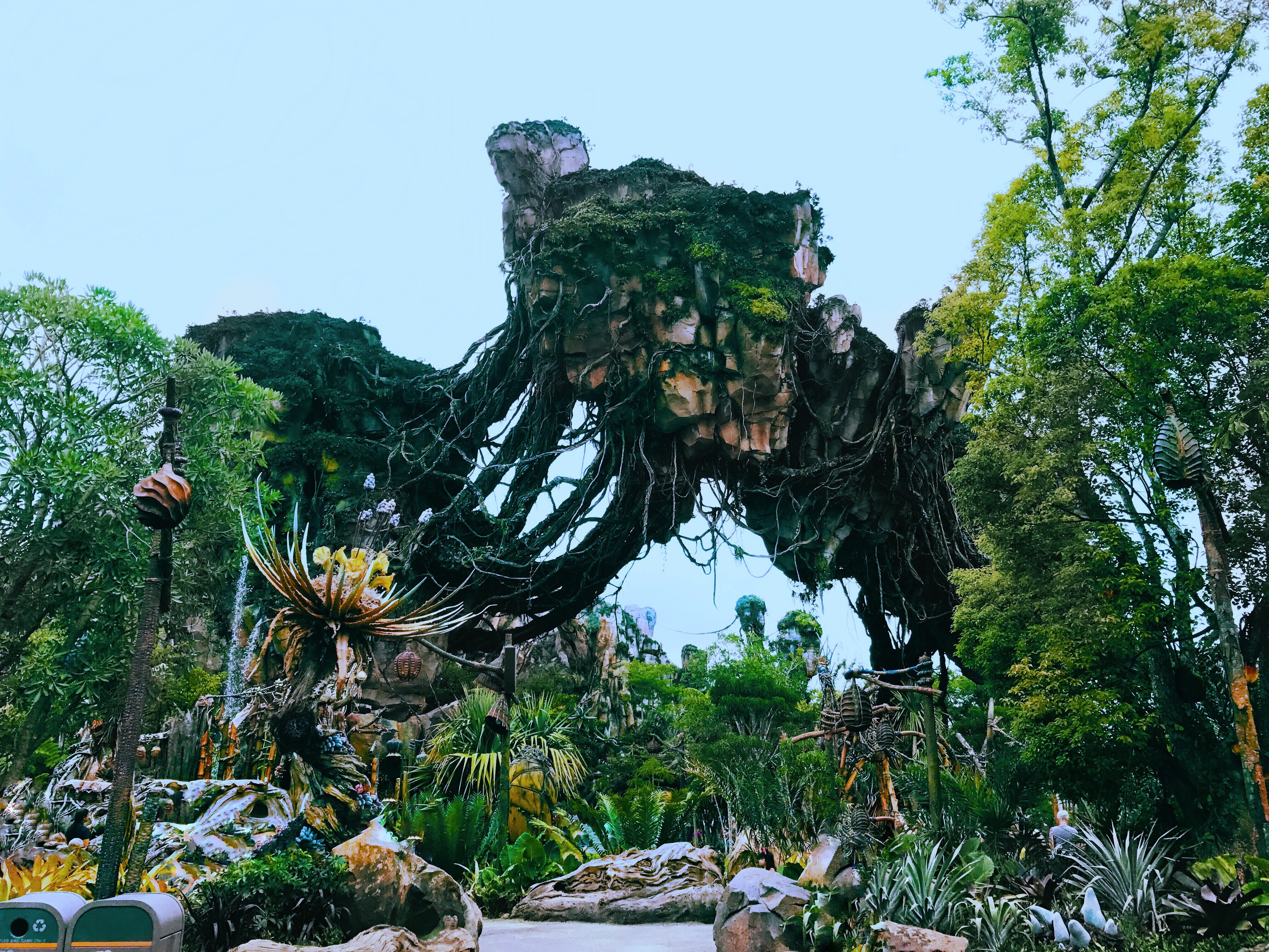 """Featured image for """"Pandora: The World Of Avatar: Review"""""""