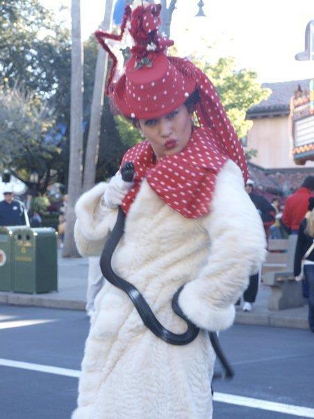 Cynthia Bloom Streetmosphere Disney