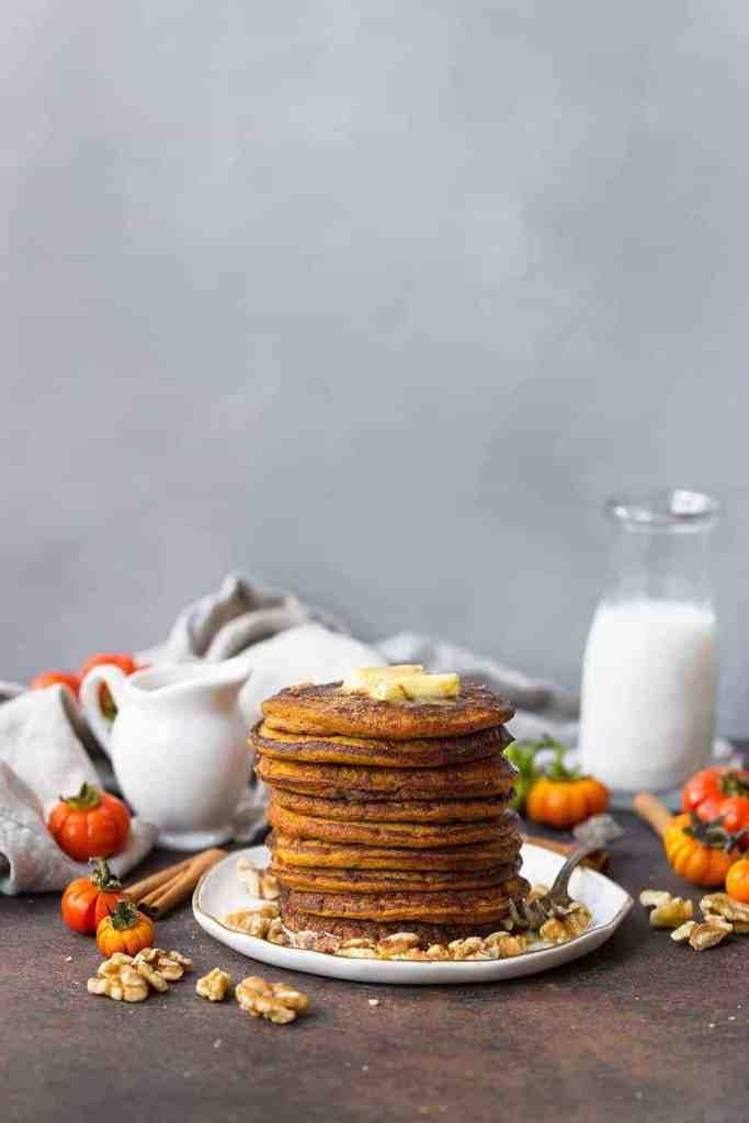 Easy Paleo Pumpkin Pancakes recipe