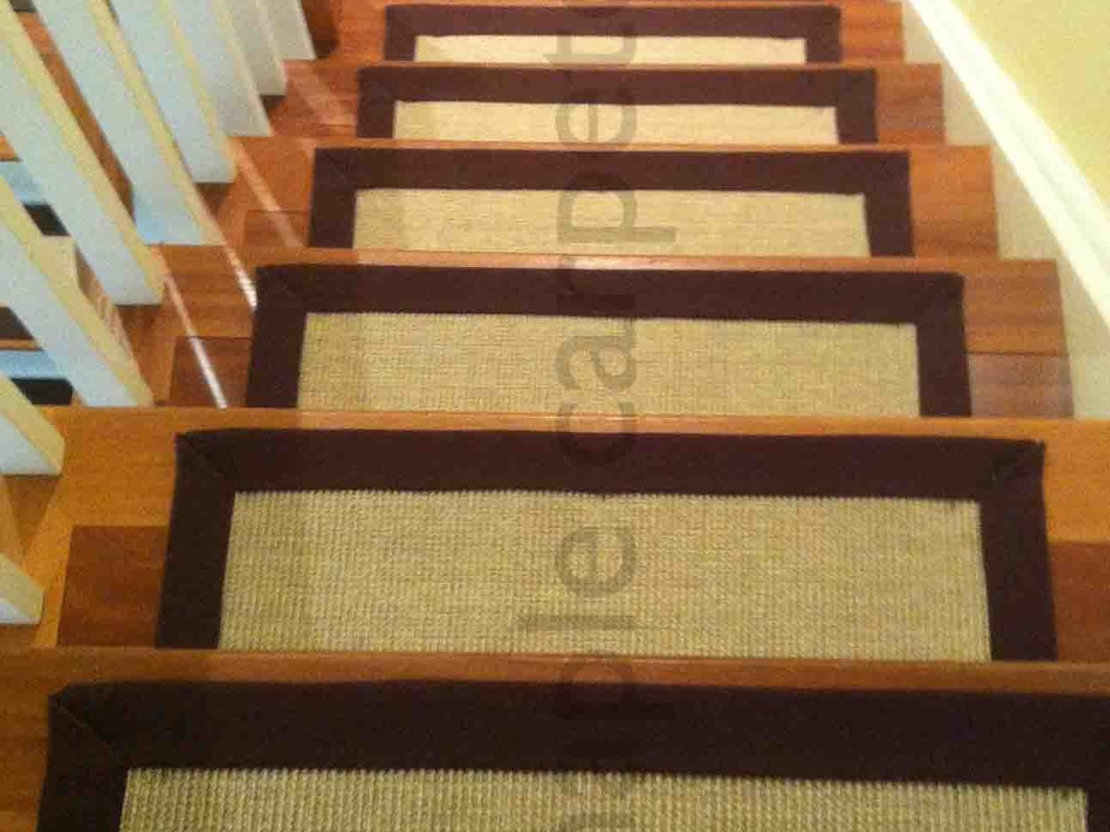 20 Best Collection Of Removable Carpet Stair Treads | Removable Carpet For Stairs