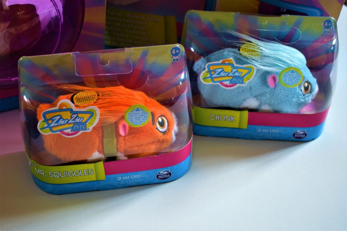 Zhu Zhu Pets Chunk and Mr Squiggles