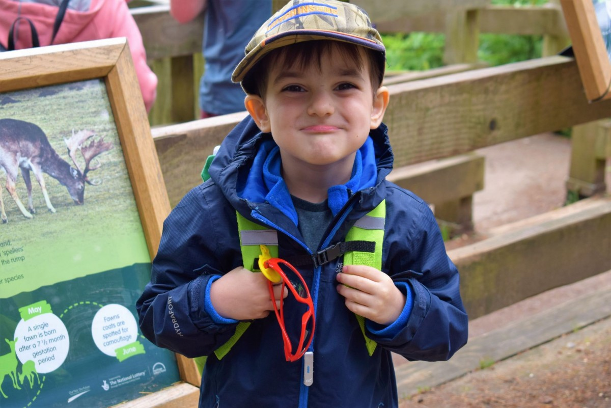 Arthur wearing a Trunki Toddlerpak Backpack