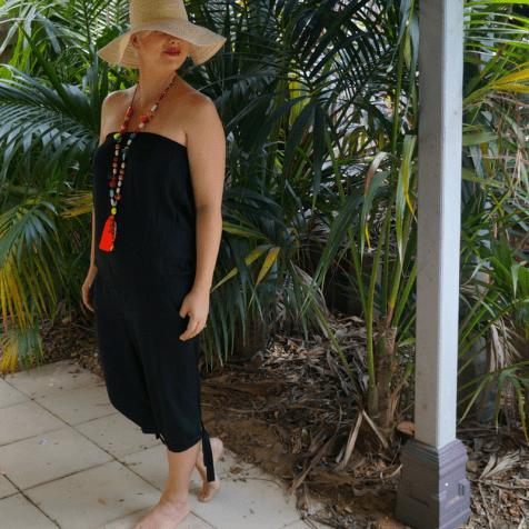 Summer Dressing: Beach, BBQ and Bar - Jumpsuit beach