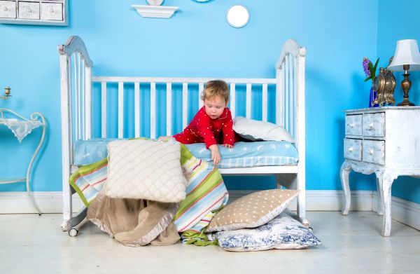 Transitioning a toddler from cot to bed