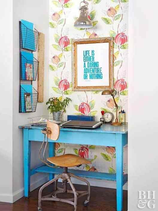 Small Home Office Ideas That Will Make You Want to Work Overtime #cozyofficenook #smallhomeofficeinspiration