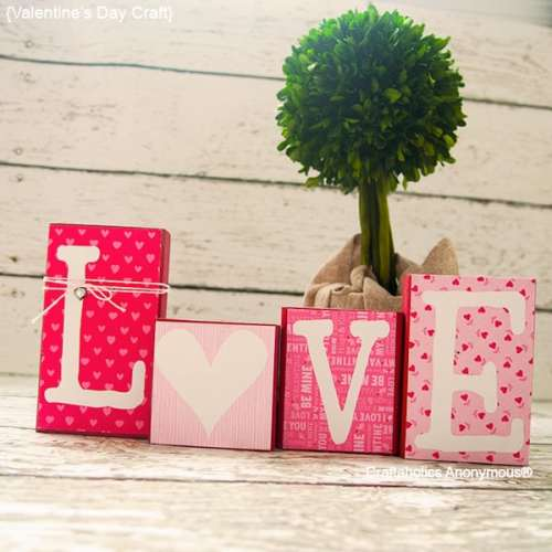 14 Stunning Valentine's Day Decoration Ideas you Will Seriously Fall In Love With This Year! #valentinesdaydecorationideas #valentines #valentinesdaycrafts #valentinesdecor Valentines decor for the home, diy love blocks, valentines day craft