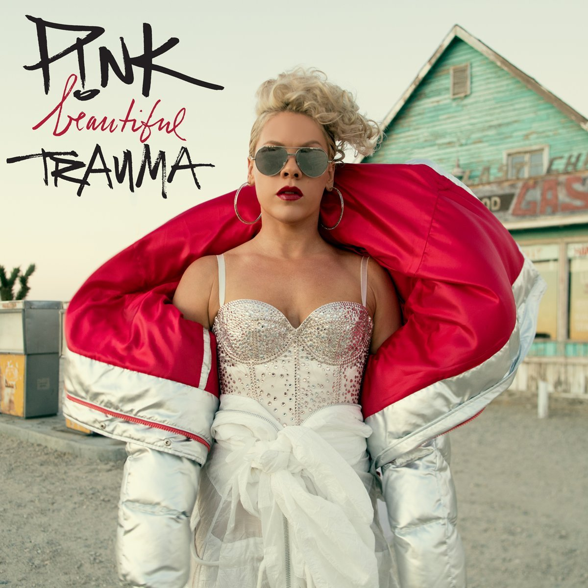 The Chart Scoop | P!nk Tops the Billboard 200 with 'Beautiful Trauma'