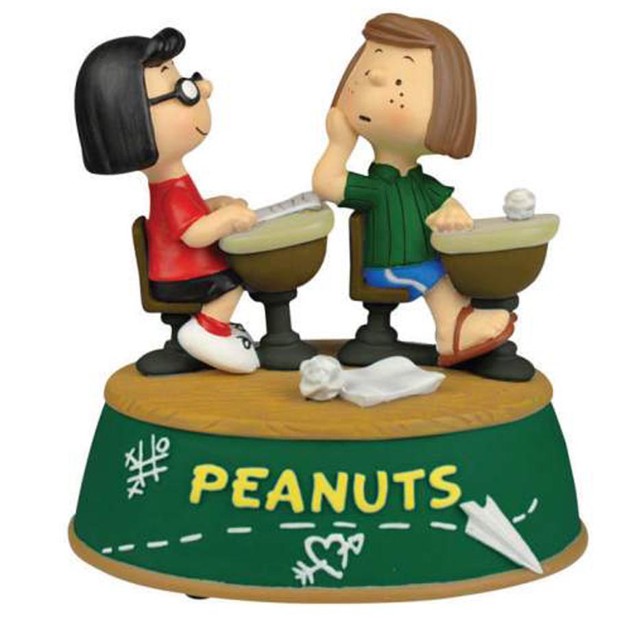 Peanuts Gang School Days Musical