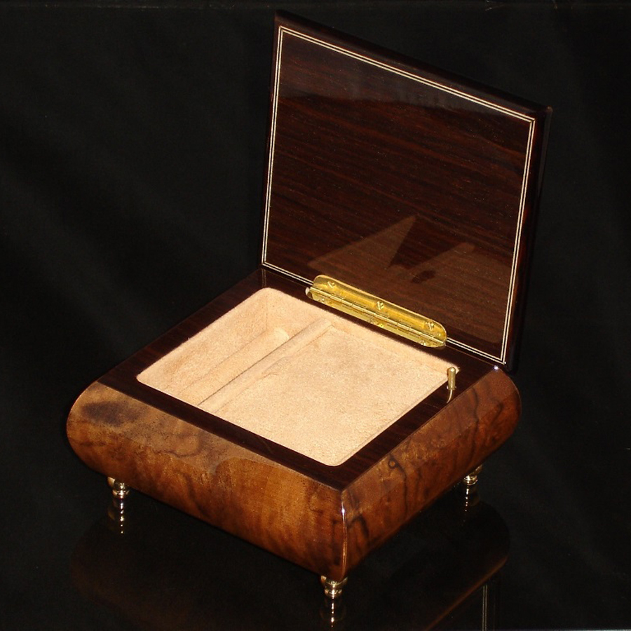 Italian Jewelry Box Burl Walnut 17CF opened
