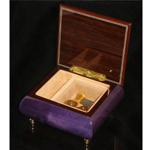 Italian Jewelry Box Plum 17CF opened no cover