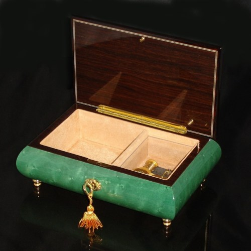 Italian Inlaid Musical Jewelry Box 02CVM Green opened no cover