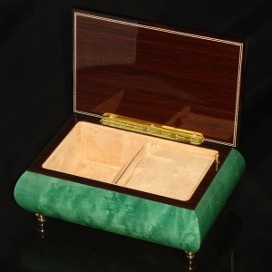 Italian Jewelry Box Green 04CVM opened