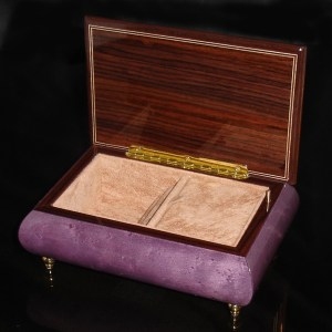 Italian Jewelry Box Plum 04CVM opened