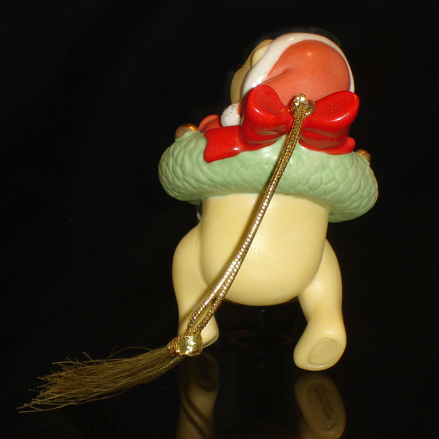 Pooh Ornament back view