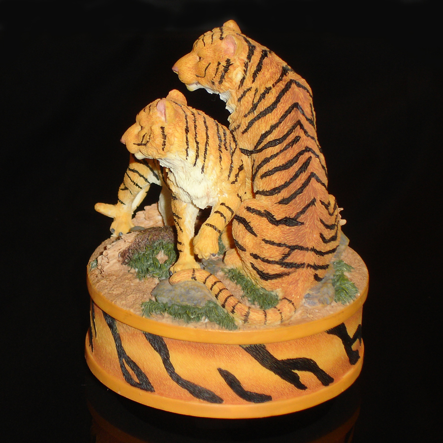 Tigers Musical left side view