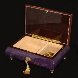Italian-Musical-Jewlery-Box-02CVM-Purple-opened-no-cover